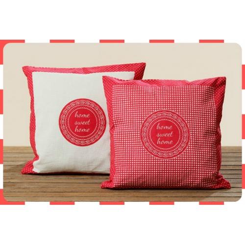 Povlak na polštář - bílý  + červené kolečko