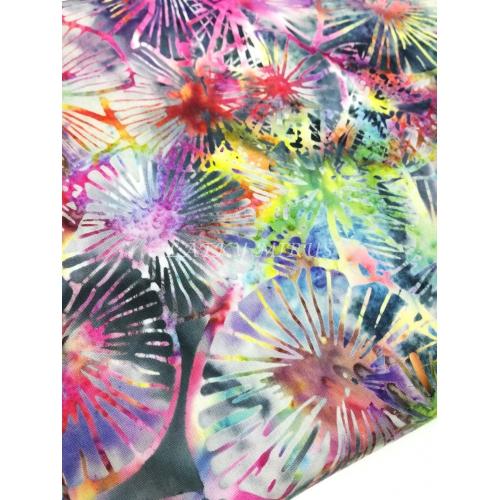 č.119 batika barevná