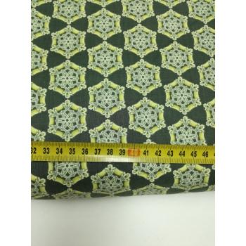 č.2684 ornamenty na zelené
