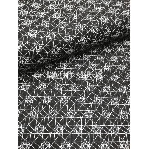 č.5598 geometrie na černé