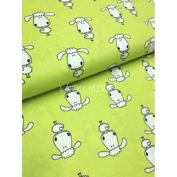 č.6279 ovce na jarní zelené