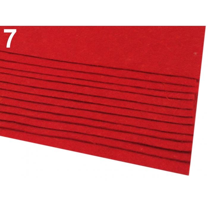 Látková dekorativní plsť-Červená